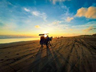 Sunset Pantai Parangtritis Jogja